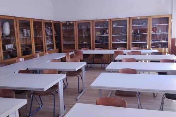 laboratorul-de-stiinteC2CE57FD-B221-8819-1693-19F3B8F394A4.jpg